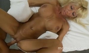 blonde mature  busty  dick  fuck  milfs  mom