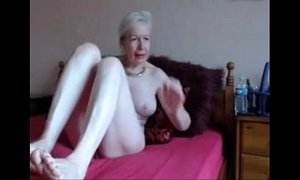 amateurs  gorgeous  granny  horny mature  masturbating