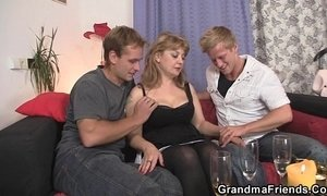 cock  cum swallowing  young and old