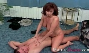 fuck hairy pussy mature natural body
